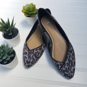 GAP 7 Pointed Toe Ballet Leopard Print Flat Shoe